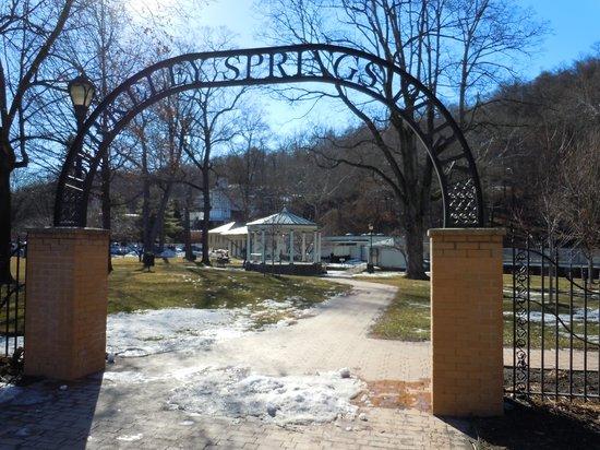 Berkeley Springs State Park : Berkeley Springs Gate