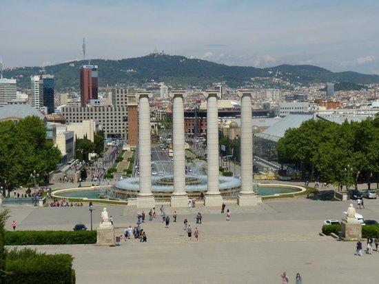 Parque de Montjuic (Parc de Montjuïc): Place d'Espagne