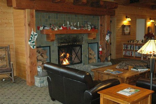 The Lodge at Sandpoint: Great Room