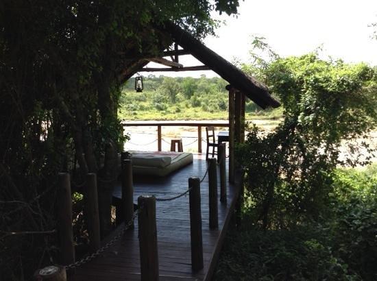 Jock Safari Lodge : our day bed