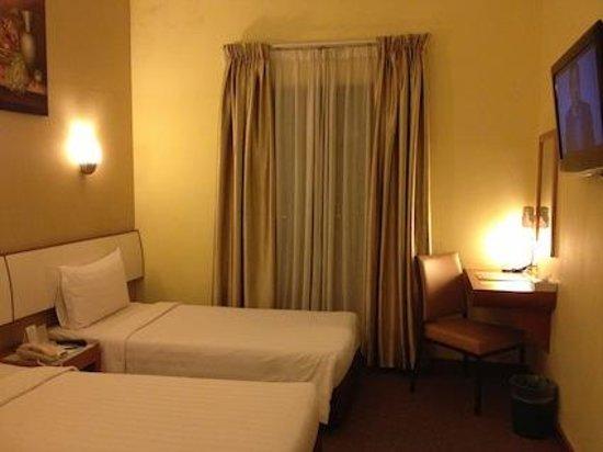 Hotel Sentral : 室内は少し狭め