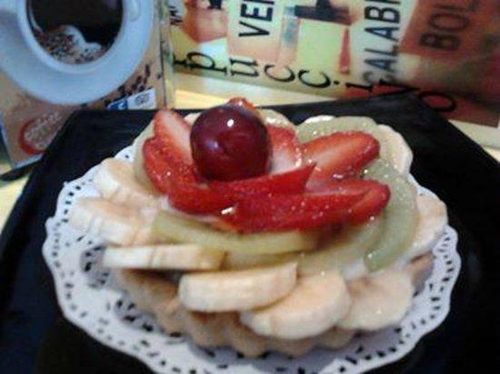 Cappucino House : Tartaleta con fruta fresca