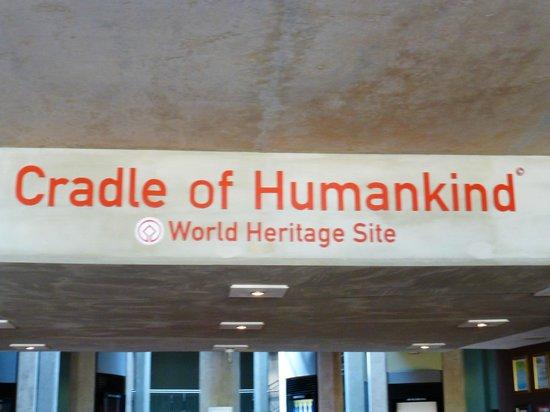 Maropeng Visitor Centre : Cradle of Humankind