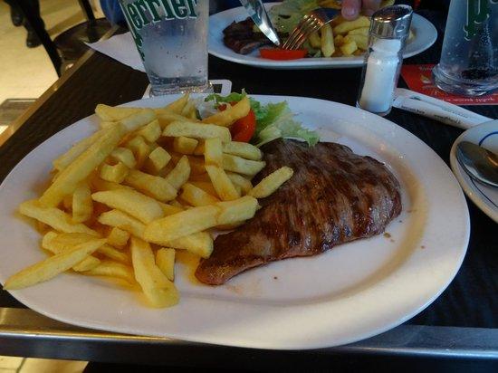 Castel Cafe: steak