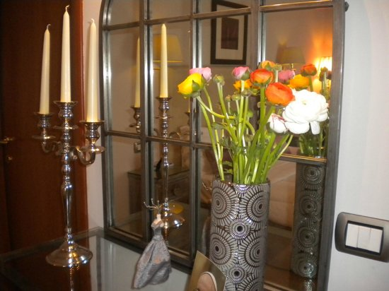 Althea Inn: Fresh flowers