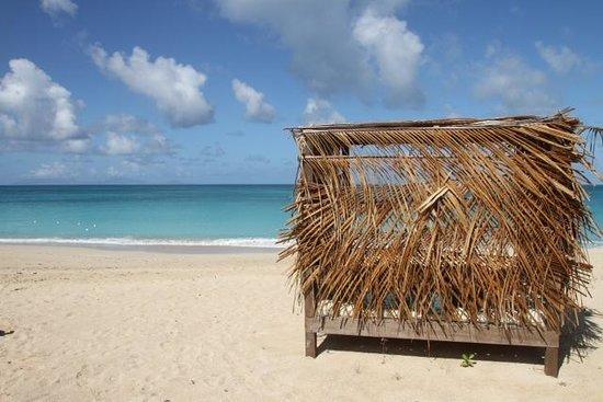 Keyonna Beach: beach by day
