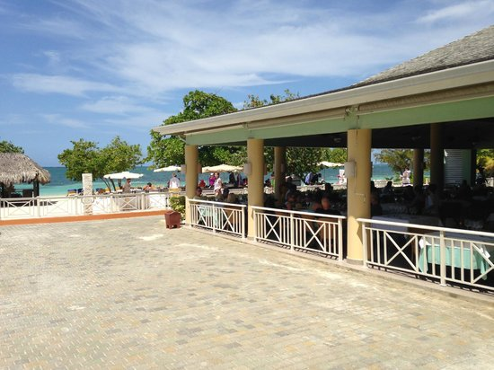 Iberostar Rose Hall Suites: Steakhouse and BBQ on the beach.