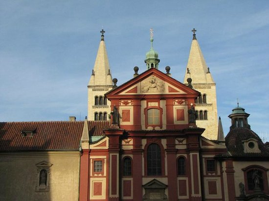 Hradschin (Burgstadt/Hradčany): Another church on the castle