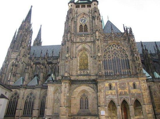 Hradschin (Burgstadt/Hradčany): St. Vitus Cathedral