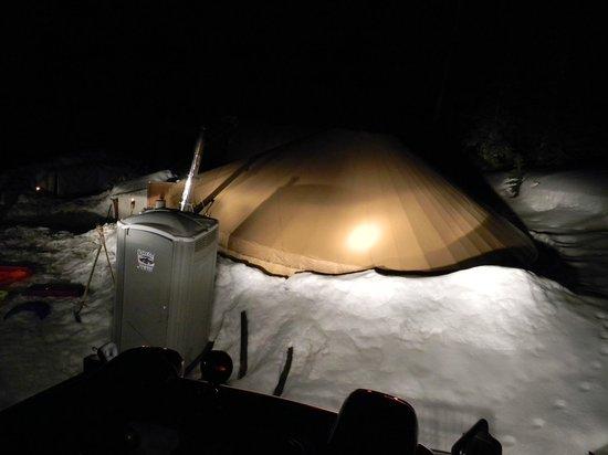 Shedhorn Grill: Yurt - when it got dark