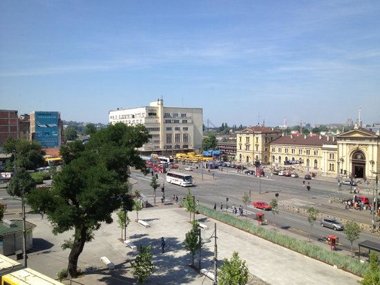 Belgrade City Hotel : Window view to the station
