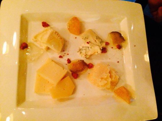 Officina Schenatti : Formaggi assaggi