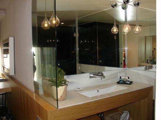 Hotel Royal Passeig de Gracia: Bathroom