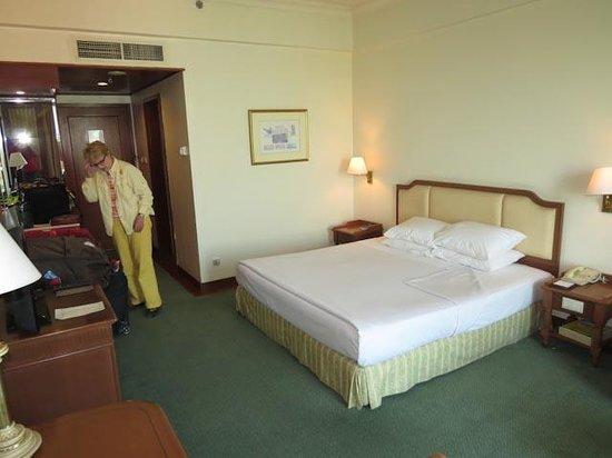 Sedona Hotel Mandalay : Palace view room
