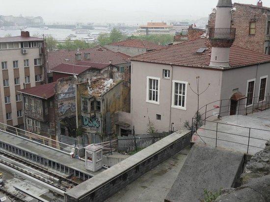 Hayriye Hanim Konagi Hotel: room view camii