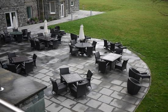 The Daffodil Hotel & Spa: patio area