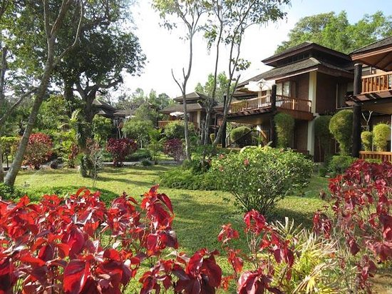 Inle Lake View Resort & Spa : Gardens and Grounds