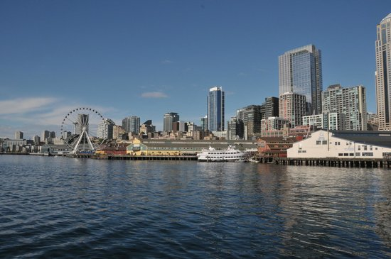 Washington State Ferries : Seattle from the ferry