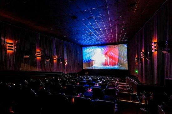 Cinemark VIP