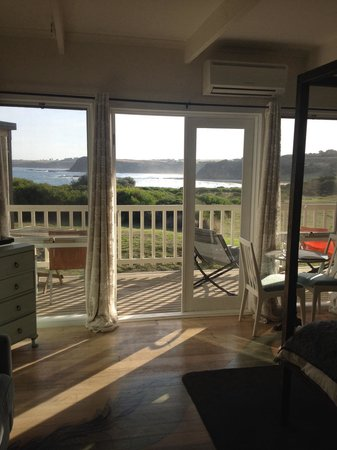 Clifftop Boutique Accommodation: Stunning!