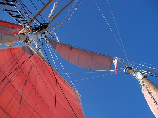 Schooner Jolly II Rover: Clear skies, Sails up!