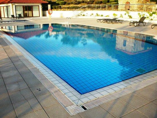 Pousada Mosteiro Guimarães: swimming pool