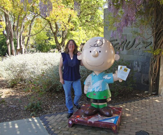 Charles M. Schulz Museum: Charlie Brown Sculpture at Museum Entrance