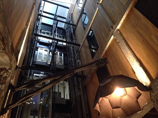 Ovolo 1888 Darling Harbour: La hall