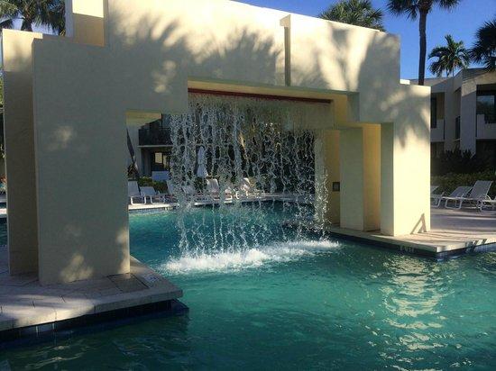 Hyatt Regency Pier Sixty-Six : One of two pool waterfalls