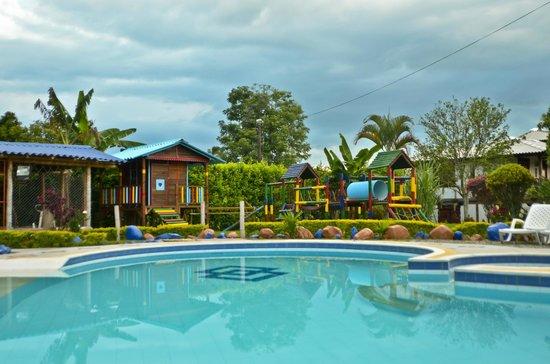 Finca Hotel La Manuela : Piscina de Dia