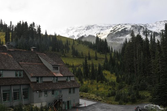 Paradise Inn at Mount Rainier: View from hall near room