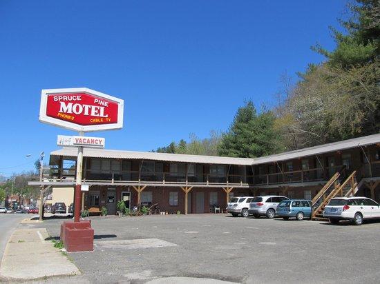 Spruce Pine Motel