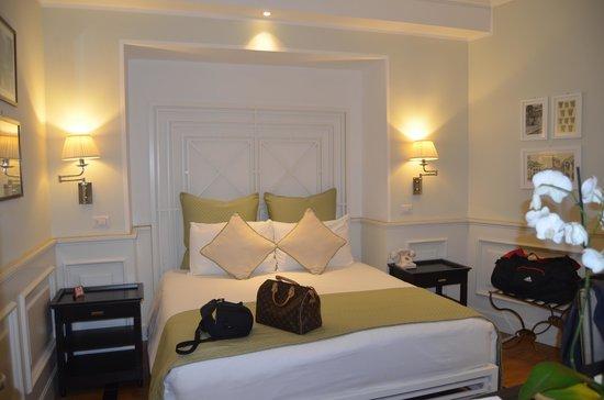 Hotel Bologna: Stanza da letto