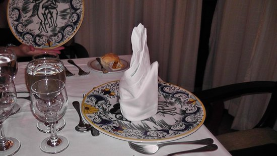 IBEROSTAR Playa Alameda Hotel: Vajilla del restaurante Italiano