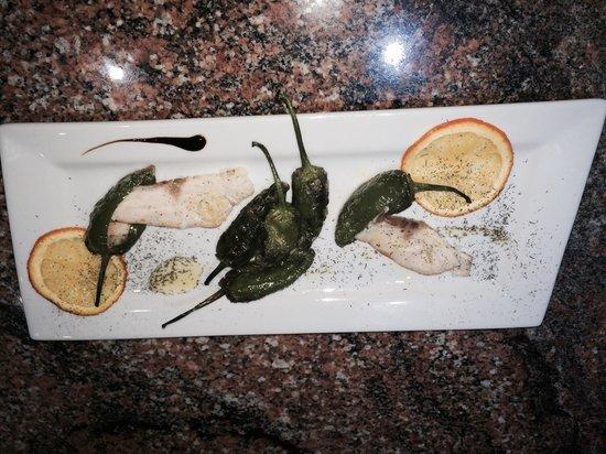Restaurante quintana: Esturion con pimientos del padron