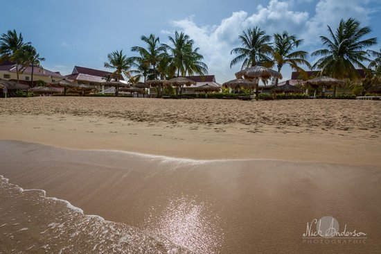 Royal St Lucia Resort and Spa: The hotel from the beach.