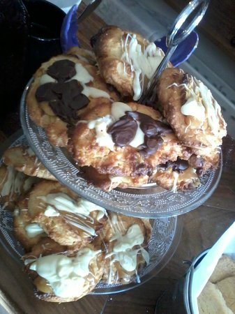 Juno's Cafe: salted caramel & cream cheese cookies w/ chocolate