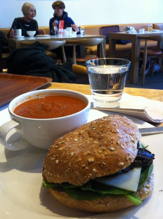 Scottish National Portrait Gallery: Tomato soup and aubergine sandwich for lunch