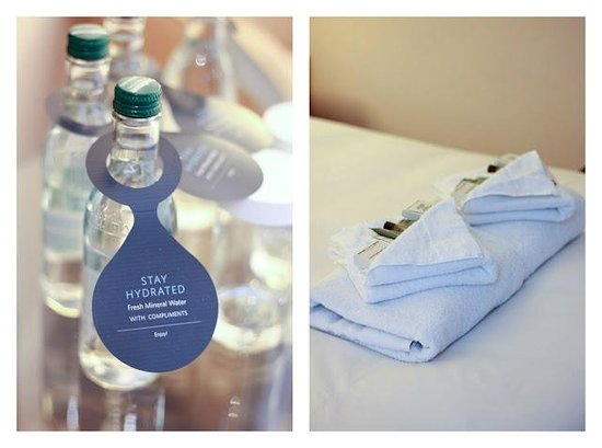 Hilton Bath City : Bottles water and tolietries
