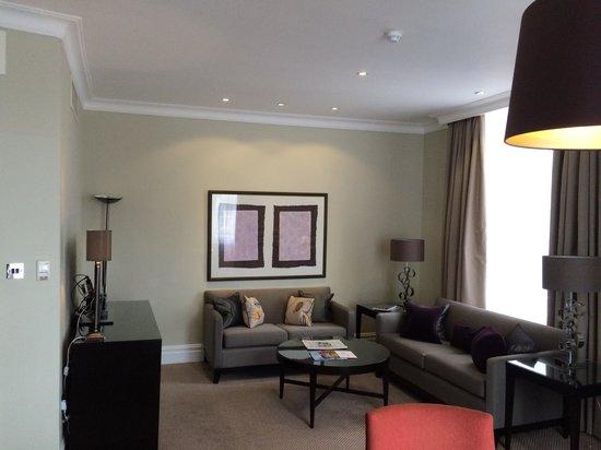 Taj 51 Buckingham Gate Suites and Residences : Living room