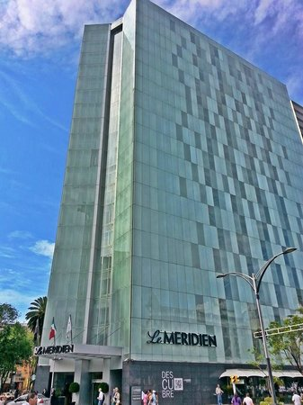 Le Meridien Mexico City: view from Reforma Ave.