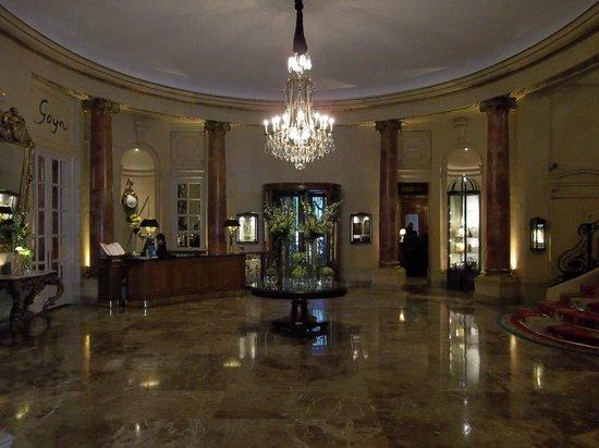 Hotel Ritz, Madrid: Ritz lobby