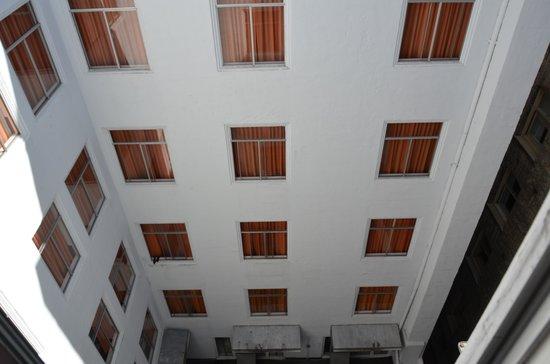 Hotel Vertigo: Blick aus dem Fenster