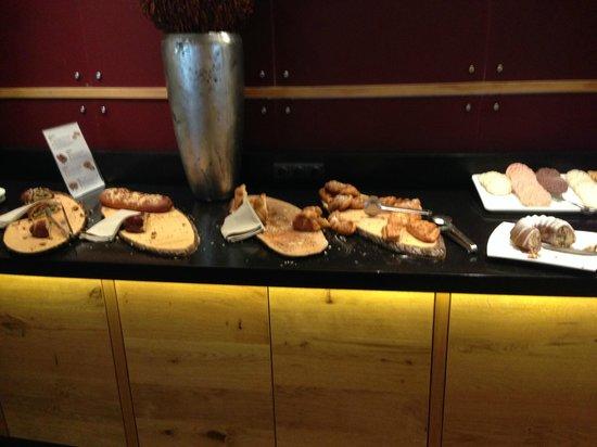 AQUA DOME Hotel : pastries!