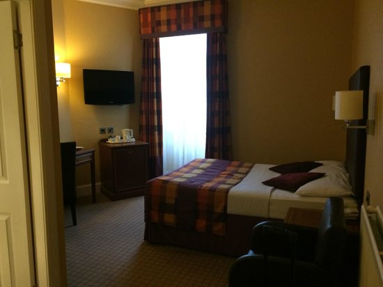 Frederick House Hotel: Room.