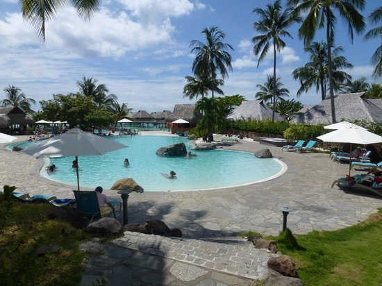 Hilton Moorea Lagoon Resort & Spa: Pool Area
