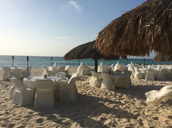 Amsterdam Manor Beach Resort : The setup for Passions on the Beach