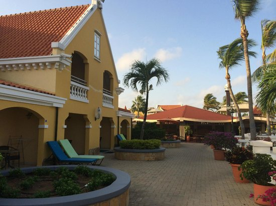 Amsterdam Manor Beach Resort: The hotel