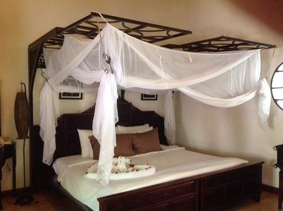 Ho Tram Beach Boutique Resort & Spa: bed