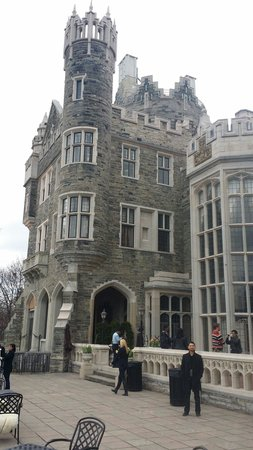 Casa Loma : Patio area. U can over look downtown toronto